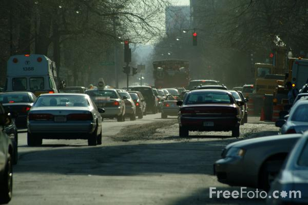 Picture of Traffic, Beacon Street, Boston, Massachusetts - Free Pictures - FreeFoto.com
