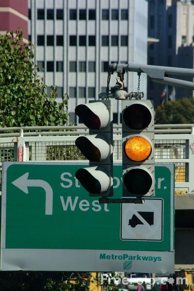 Picture of Traffic Light, Boston, Massachusetts - Free Pictures - FreeFoto.com