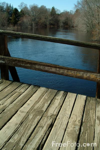 Picture of The Old North Bridge, Minute Man National Historical Park, Concord, Massachusetts - Free Pictures - FreeFoto.com