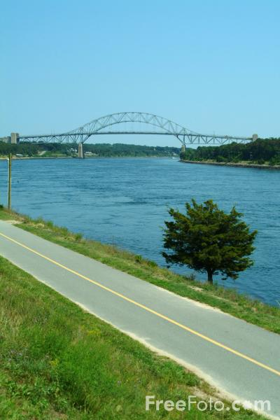Picture of Sagamore Bridge, Cape Cod Canal, USA - Free Pictures - FreeFoto.com
