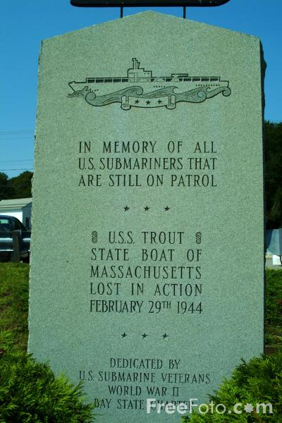 Picture of USS Trout Memorial - Free Pictures - FreeFoto.com