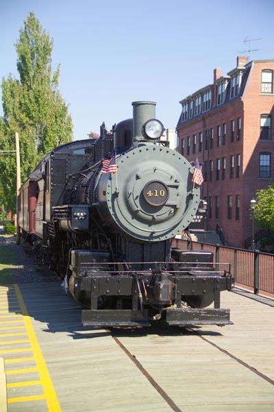 Picture of Boston & Maine 410, Lowell, Massachusetts - Free Pictures - FreeFoto.com