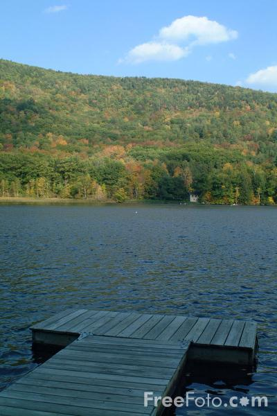 Picture of Echo Lake, Vermont - Free Pictures - FreeFoto.com