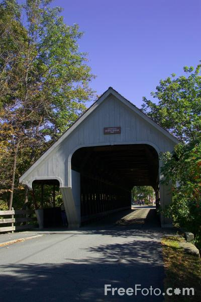 Picture of Covered Bridge, Woodstock, Vermont, New England, USA - Free Pictures - FreeFoto.com