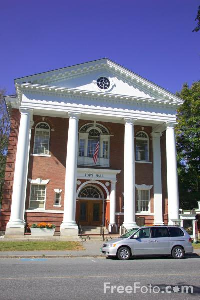 Picture of Woodstock Town Hall, Vermont, New England, USA - Free Pictures - FreeFoto.com