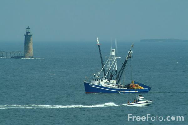 Picture of Fishing Boat, Portland Head, Maine - Free Pictures - FreeFoto.com
