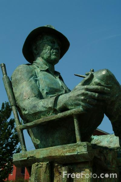 Picture of John Ford Statue, Portland, Maine, USA - Free Pictures - FreeFoto.com