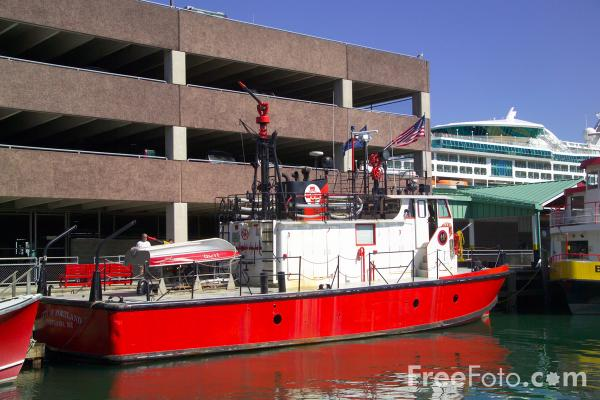 Picture of Fireboat, Portland, Maine, USA - Free Pictures - FreeFoto.com