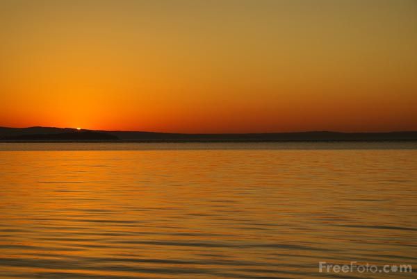 Picture of Sunset, Wadsworth Cove, Penobscot Bay, Maine, USA - Free Pictures - FreeFoto.com