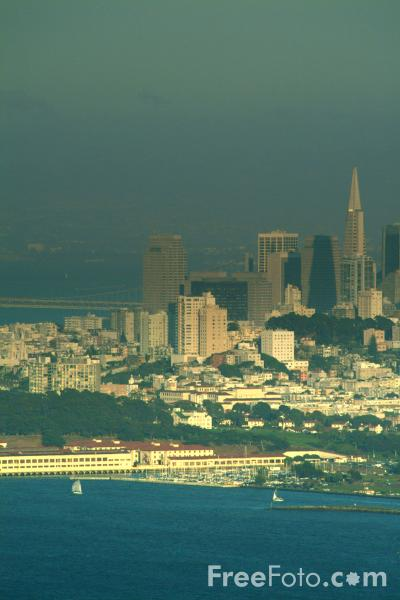 Picture of San Francisco Skyline - Free Pictures - FreeFoto.com