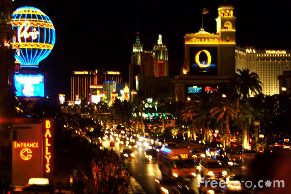 Picture of The Strip, Las Vegas at Night, Nevada, USA - Free Pictures - FreeFoto.com