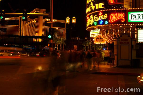 Picture of Las Vegas at Night, Nevada, USA - Free Pictures - FreeFoto.com