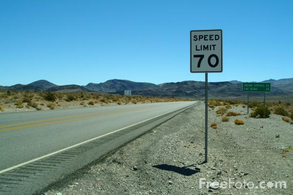Picture of Speed Limit 70 Sign, Route 95, Nevada, USA - Free Pictures - FreeFoto.com