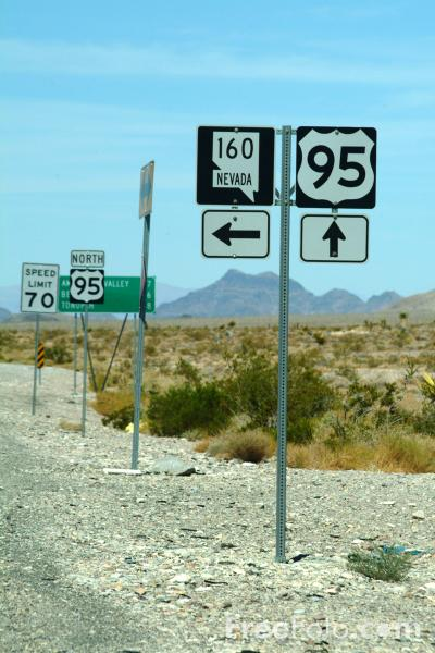 Picture of Route 95 Sign, Nevada, USA - Free Pictures - FreeFoto.com