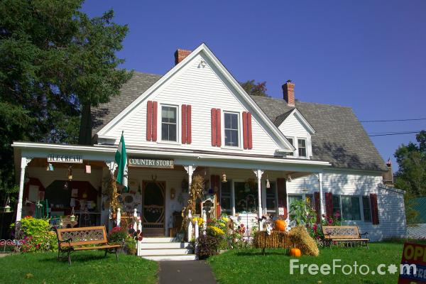 Picture of Flossie's General Store & Emporium in Jackson, New Hampshire, USA - Free Pictures - FreeFoto.com