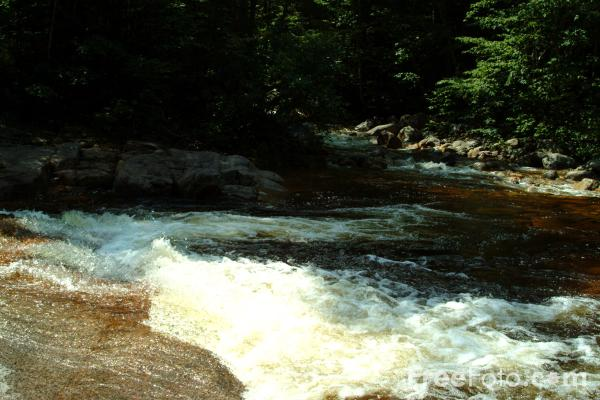 Picture of Otter Rocks, White Mountains, New Hampshire, USA - Free Pictures - FreeFoto.com
