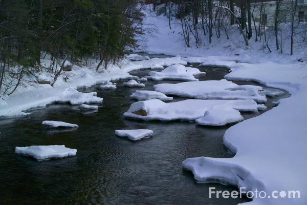 Picture of Swift River, Conway, New Hampshire, USA - Free Pictures - FreeFoto.com
