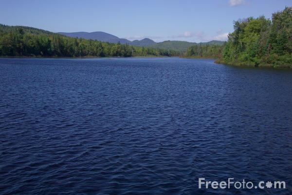 Picture of Pontook Reservoir, Dummer, New Hampshire, USA - Free Pictures - FreeFoto.com