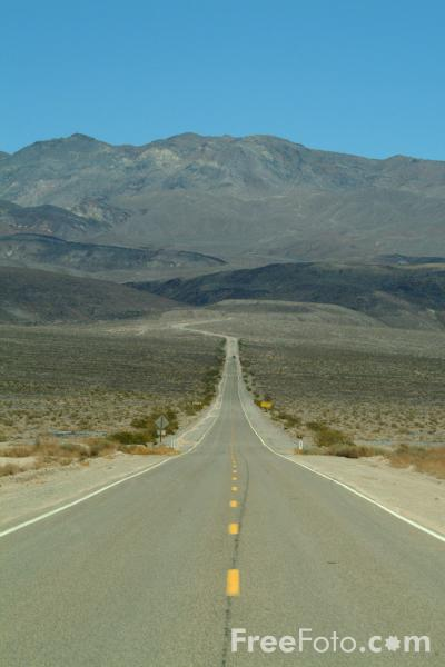 Picture of Route 374, Death Valley, California, USA - Free Pictures - FreeFoto.com