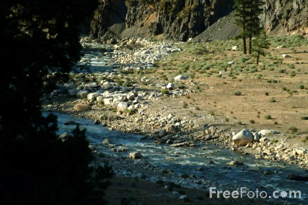 Picture of West Walker River, Sierra Nevada , California, USA - Free Pictures - FreeFoto.com