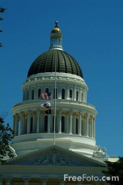 Picture of State Capital Building, Sacramento, California, USA - Free Pictures - FreeFoto.com