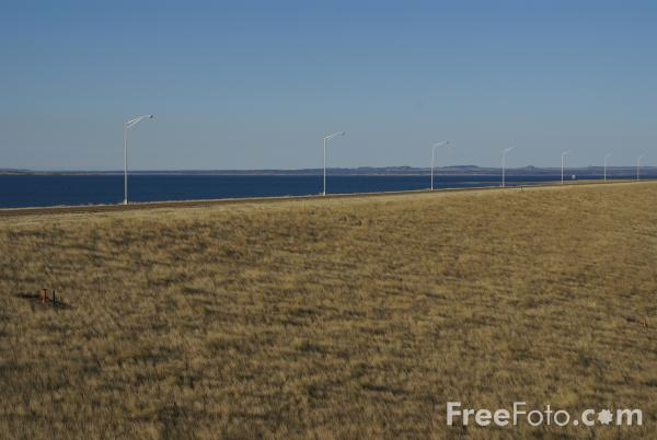 Picture of Fort Peck Dam & Lake, Montana, USA - Free Pictures - FreeFoto.com