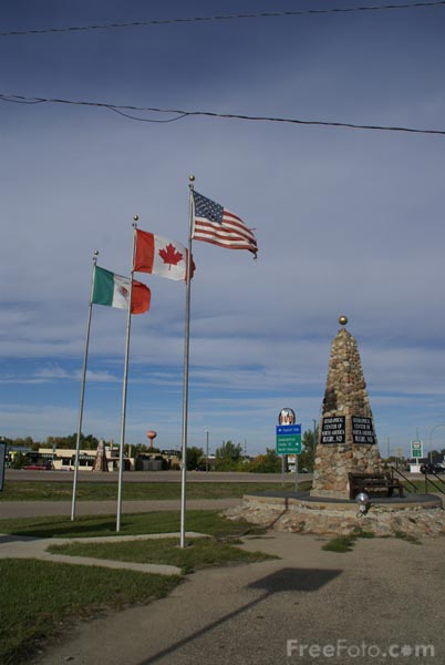 Picture of Rugby, North Dakota, USA - Free Pictures - FreeFoto.com