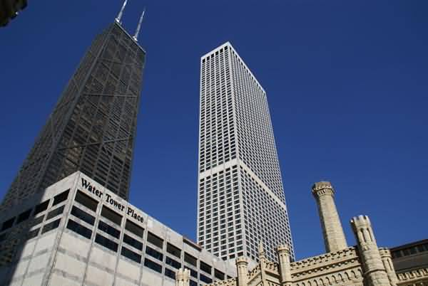 Water Tower Place, Chicago, Illinois, USA pictures, free ...