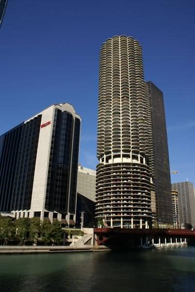 Picture of Marina City, Chicago, Illinois, USA - Free Pictures - FreeFoto.com