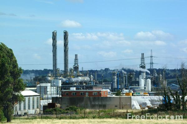 Picture of Chemical Works, Severnside - Free Pictures - FreeFoto.com