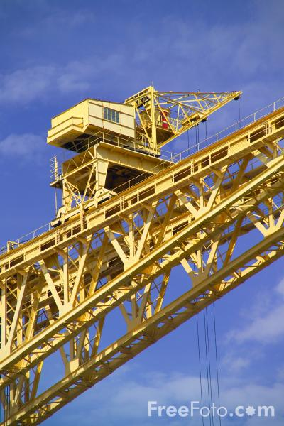 Picture of Hammerhead Crane, Walker, River Tyne - Free Pictures - FreeFoto.com
