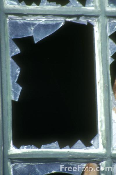 Broken window pictures free use image 13 04 61 by for 13 window