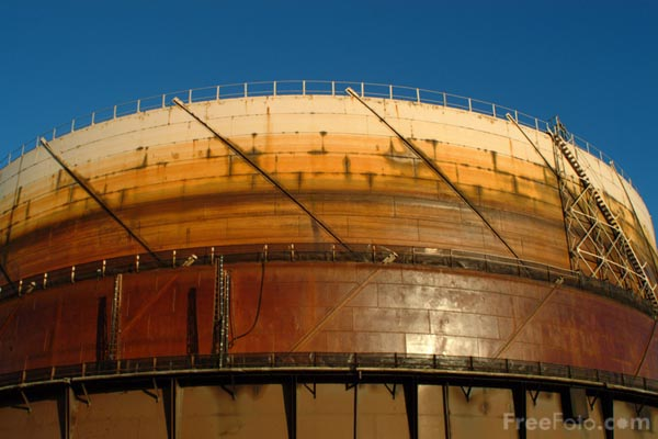 Picture of Gas Storage Tank - Free Pictures - FreeFoto.com