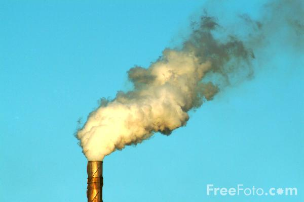 Picture of Chimney - Steam / Smoke - Free Pictures - FreeFoto.com