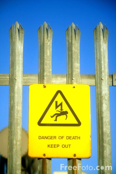 Picture of Danger of death - Keep out - Free Pictures - FreeFoto.com