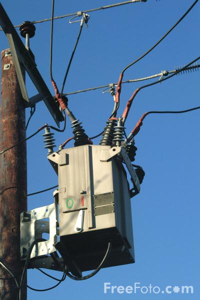 Picture of Pole mounted transformer - Free Pictures - FreeFoto.com