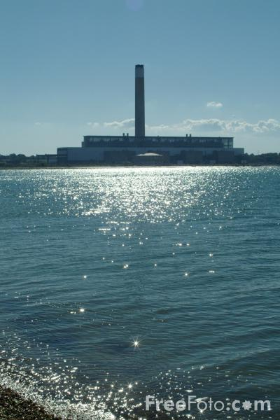 Picture of Fawley Power Station - Free Pictures - FreeFoto.com