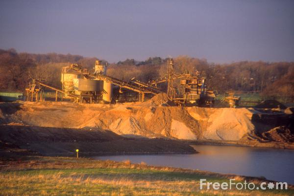 Picture of Gravel Quarry, Darlington, County Durham - Free Pictures - FreeFoto.com