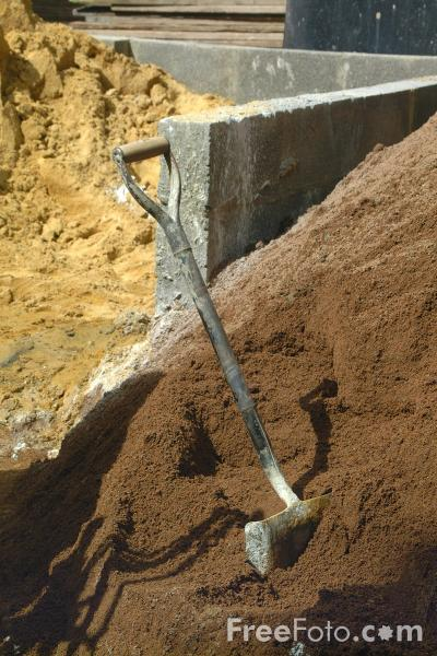 Picture of Spade and Sand, Construction Site - Free Pictures - FreeFoto.com