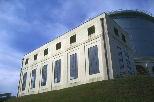Picture of Tongland hydro electric power station, Kirkcudbright, Galloway - Free Pictures - FreeFoto.com