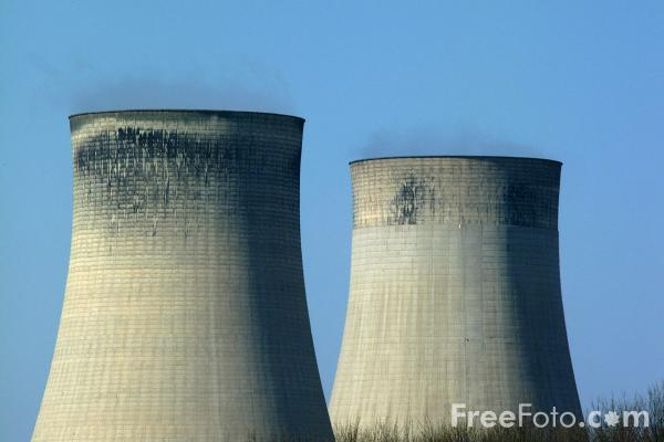 Picture of Cooling Towers, Ratcliffe on Soar Power Station - Free Pictures - FreeFoto.com