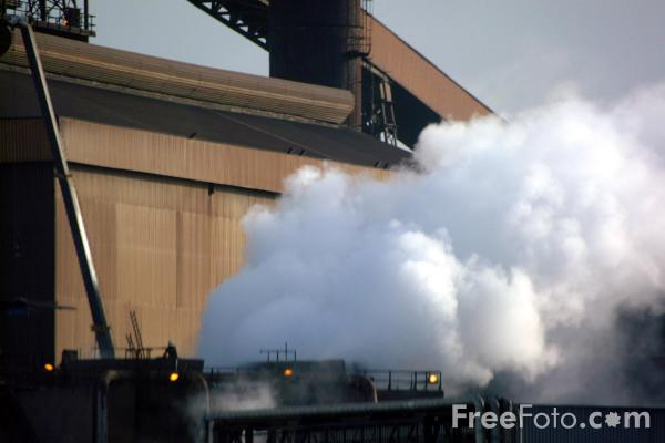 Picture of industrial complex, Teesside - Free Pictures - FreeFoto.com