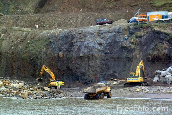 Picture of Sea Defense Work, Whitby, North Yorkshire - Free Pictures - FreeFoto.com