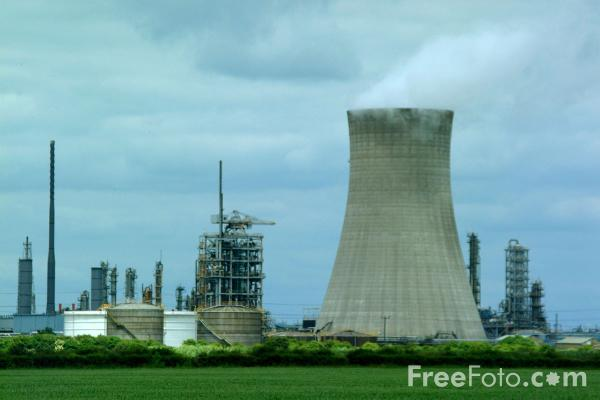 Picture of BP Chemical Complex, Hull - Free Pictures - FreeFoto.com