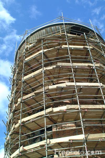 Picture of Scaffolding - Free Pictures - FreeFoto.com