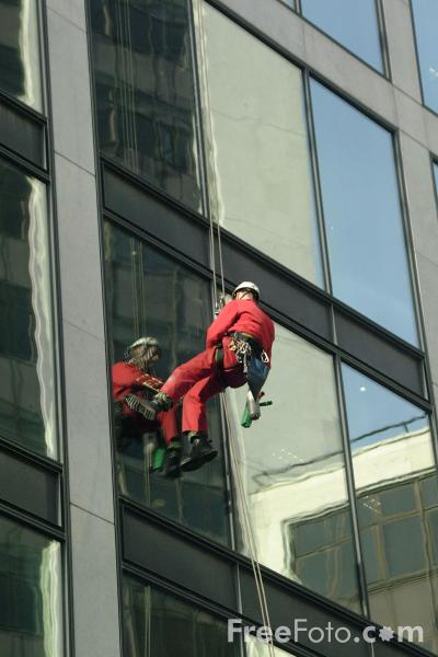 Picture of Hi-rise Window Cleaning - Free Pictures - FreeFoto.com