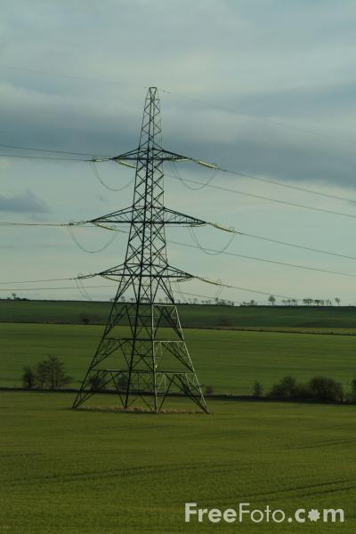 Picture of Pylons and High Voltage Power Lines - Free Pictures - FreeFoto.com