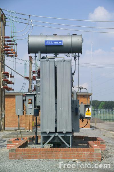 Picture of High voltage transformer, Electricity Substation - Free Pictures - FreeFoto.com