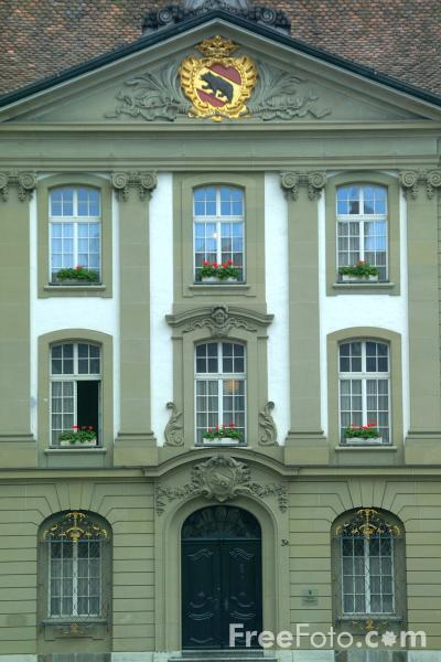 Picture of The Chapterhouse, Münsterplatz, Bern, Switzerland - Free Pictures - FreeFoto.com