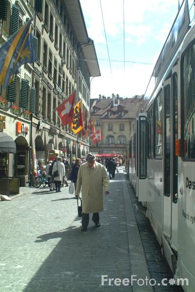 Picture of Spitalgasse, Bern, Switzerland - Free Pictures - FreeFoto.com